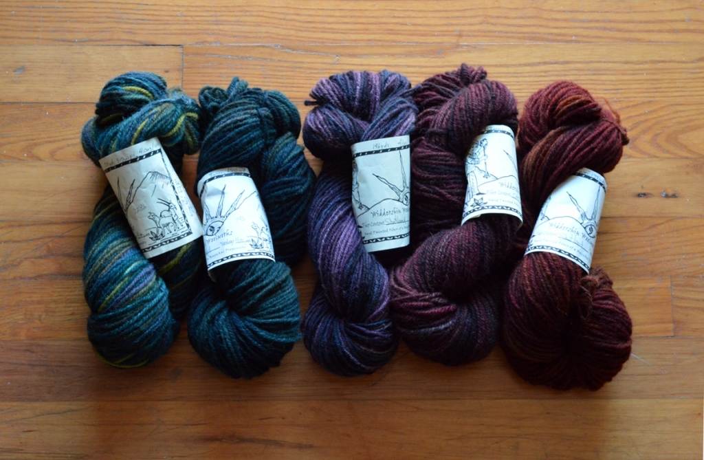 140829 Widdershin Shetland Blanket spin