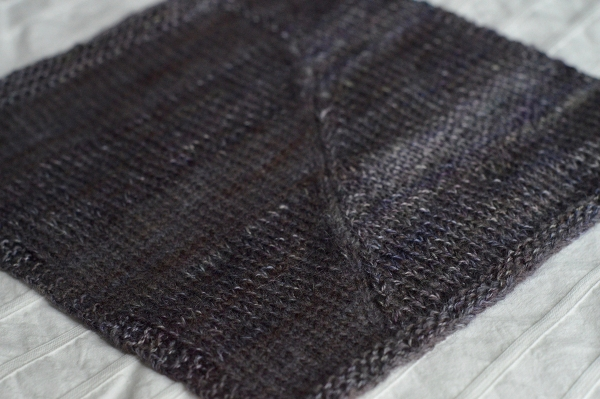 Fauxtarsia Wave Swatch in Malabrigo Lace (Pearl Ten) and Malabrigo Silkpaca (Zarzamora)